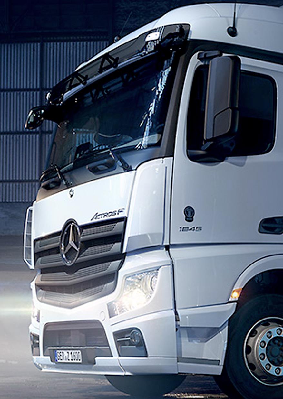 Mercedes-Benz-Actros-2020-02